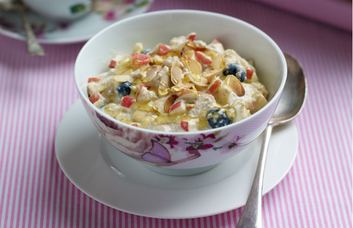 Pink%20Lady®%20apple%20Bircher%20muesli%201.jpg