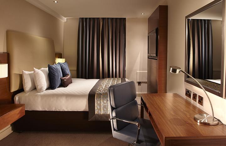 thistle-hotel-%20review-Trafalgar.jpg