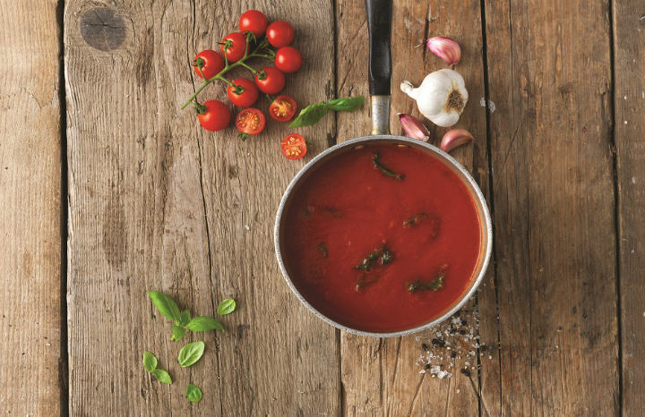 Tomato%20and%20basil%20soup-240915.jpg