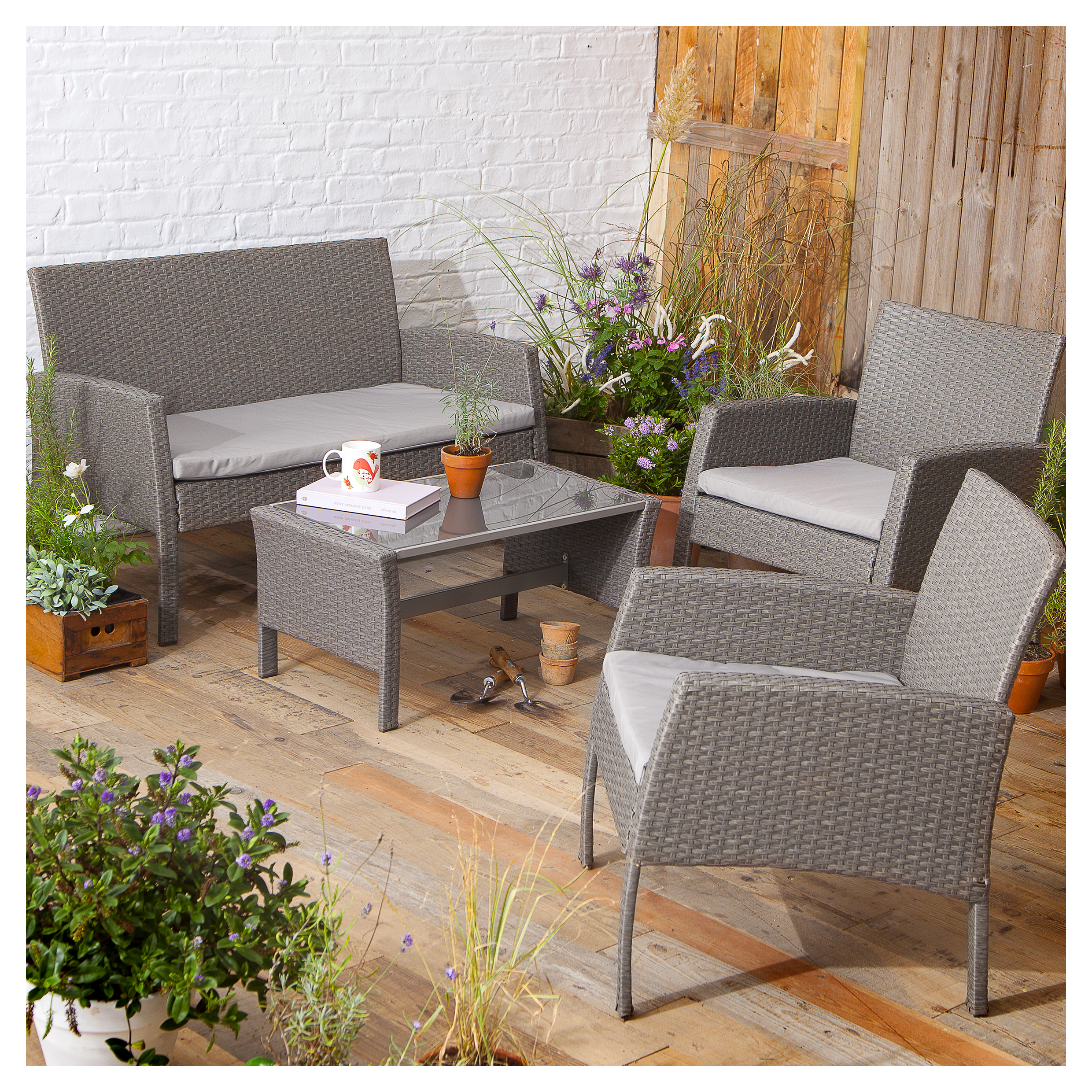 Save up to 6% on Tesco garden furniture and barbecues — Yours