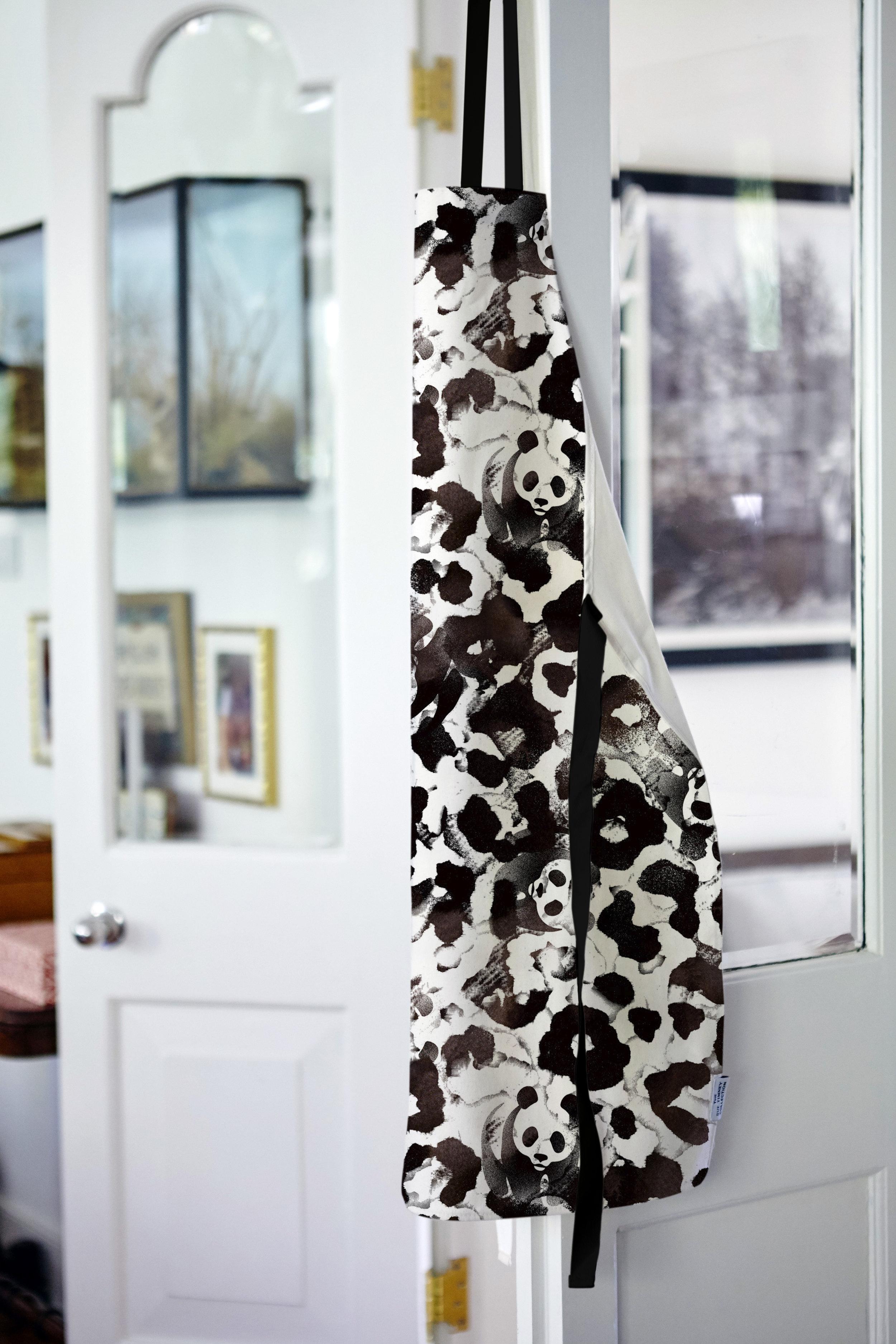 We love this panda apron!