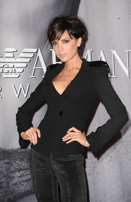 Victoria-Beckham-shoulder-pads