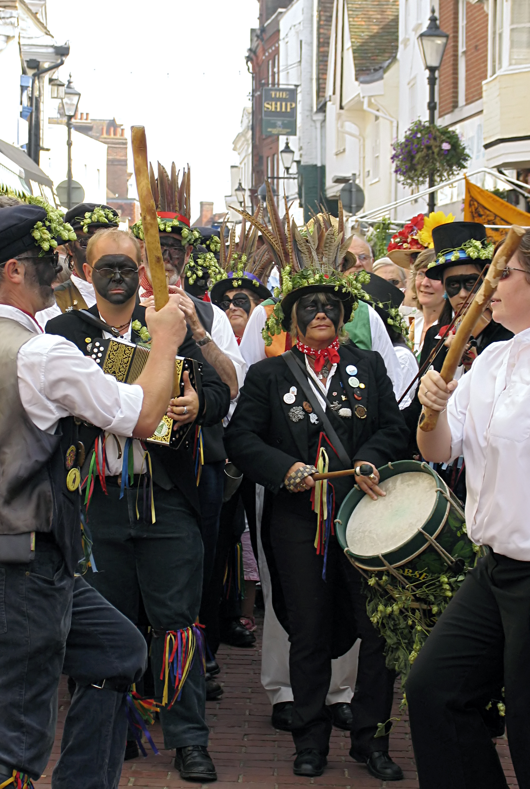 Black-face- morris-dancing.jpg