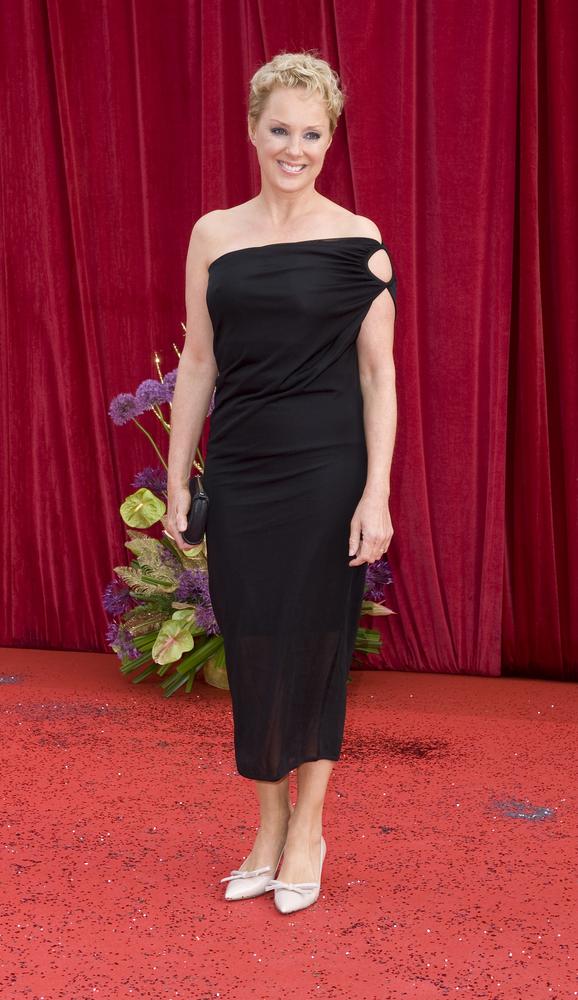sally-dynevor-red-carpet-actress
