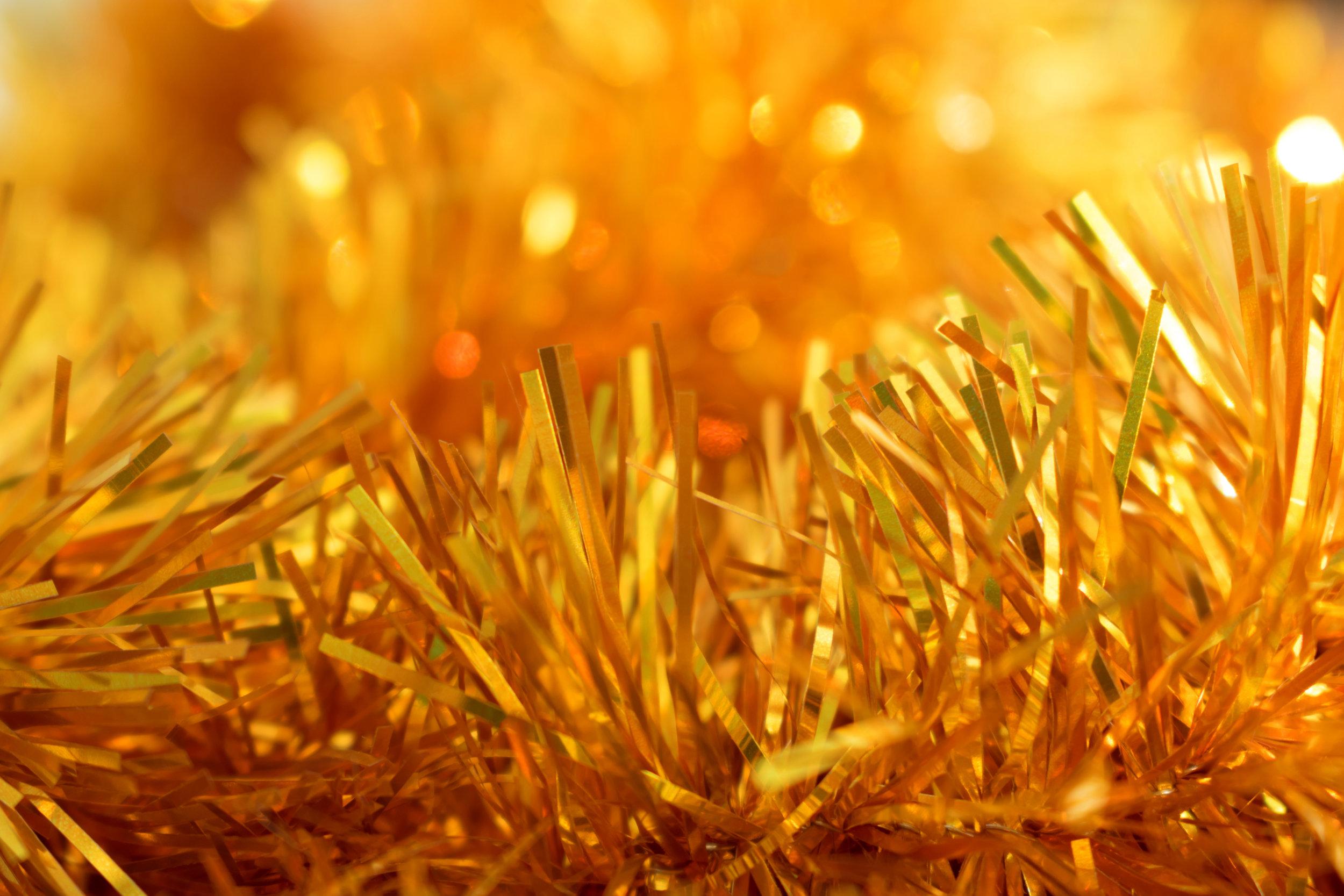 gold-tinsel.jpg