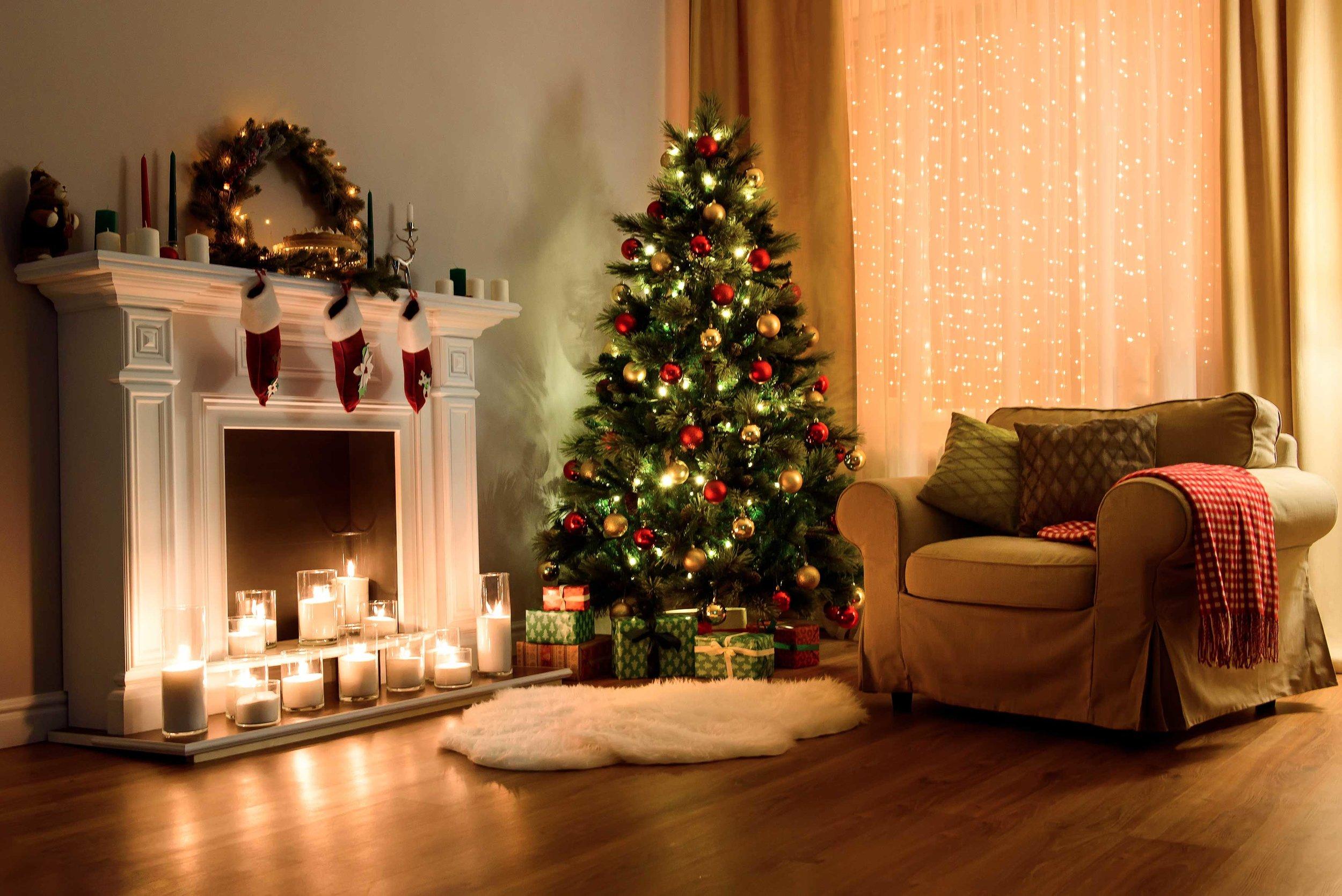 livingroom-christmas.jpg