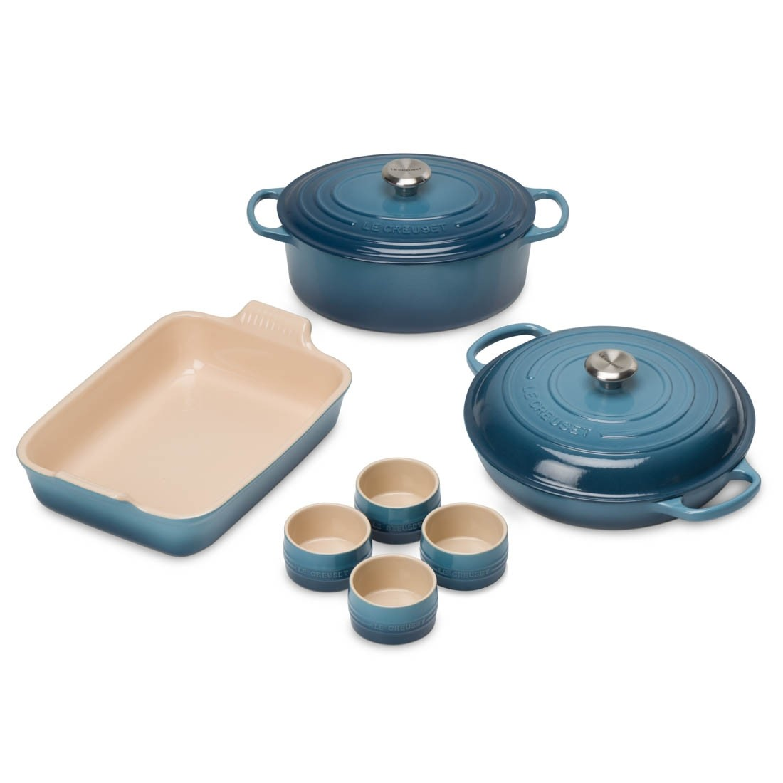 cast_iron_taste_of_the_city_festive_entertaining_set_marine_le_creuset_1.1504517784.jpg