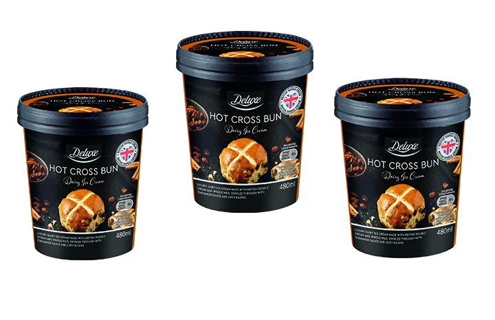 hot-cross-bun-ice-cream-lidl copy.jpg