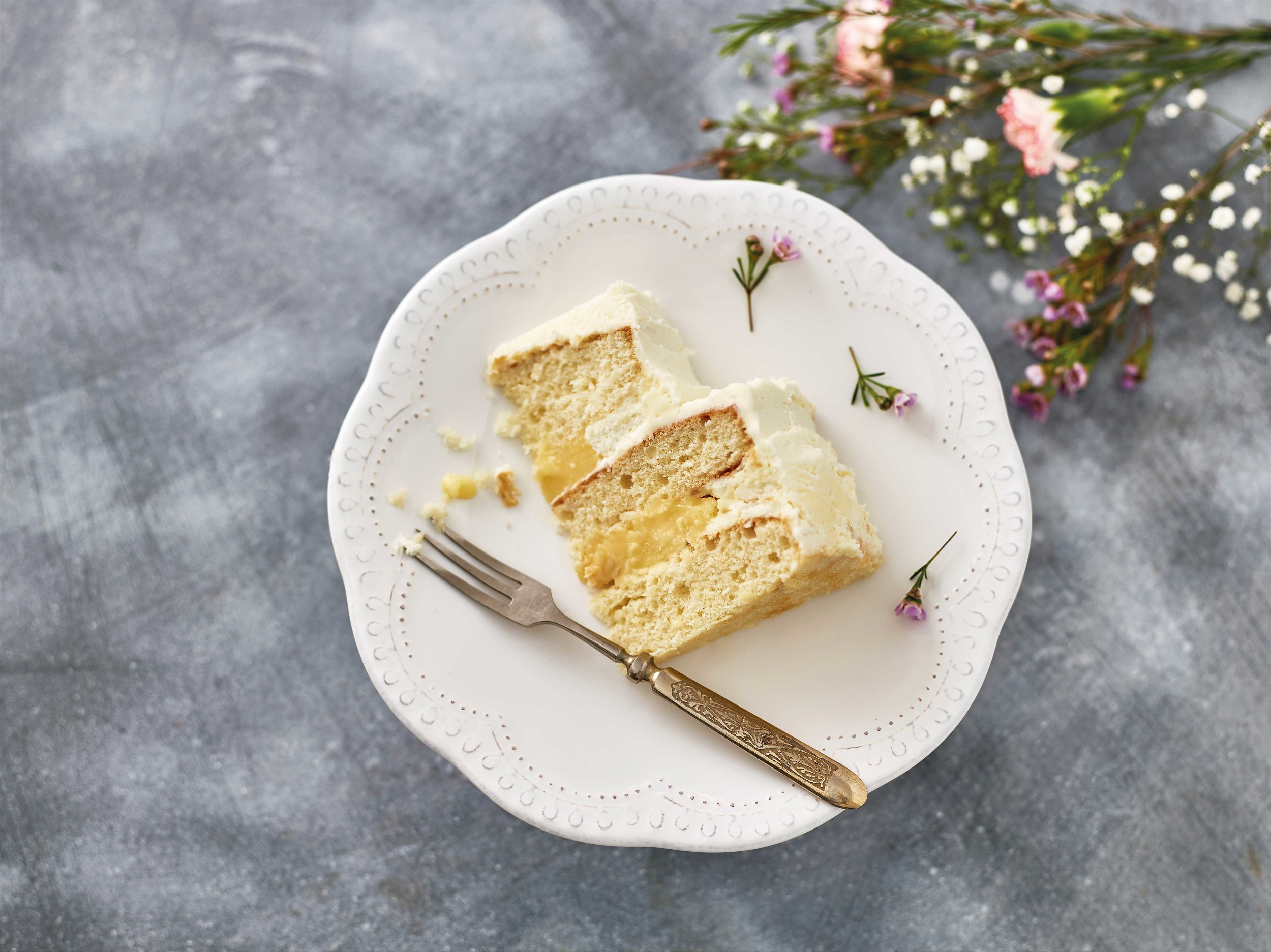 Iceland-_-Lemon-&-Elderflower-Wedding-Cake-Slice-_-Lifestyle.jpg