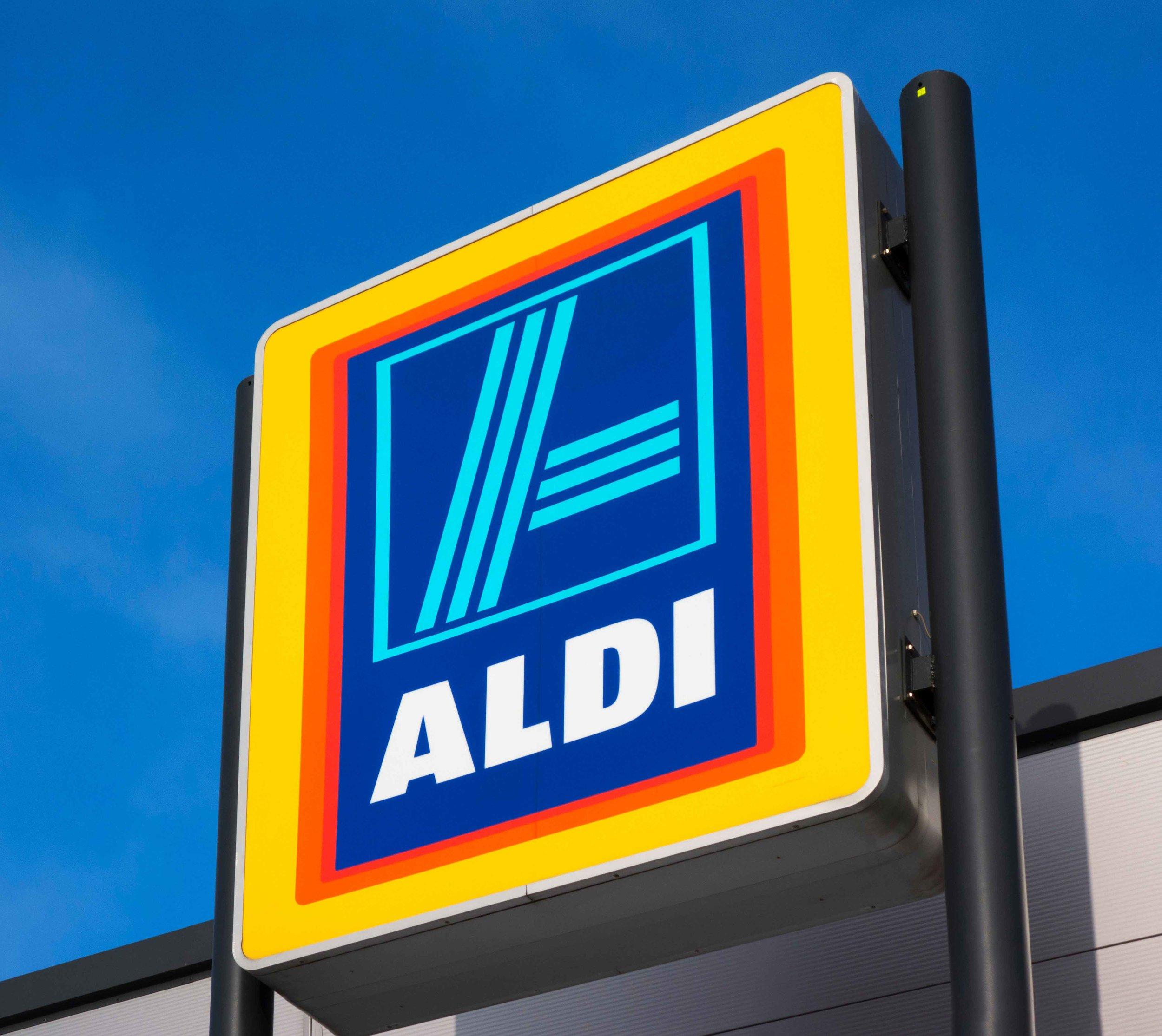 aldi-bans-topless-customers