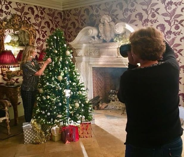 We had so much fun shooting our Christmas 2018 fashion looks at the beautiful @pipewellhallpipewellhall yesterday. Swipe left for a sneaky peek behind-the-scenes 👈