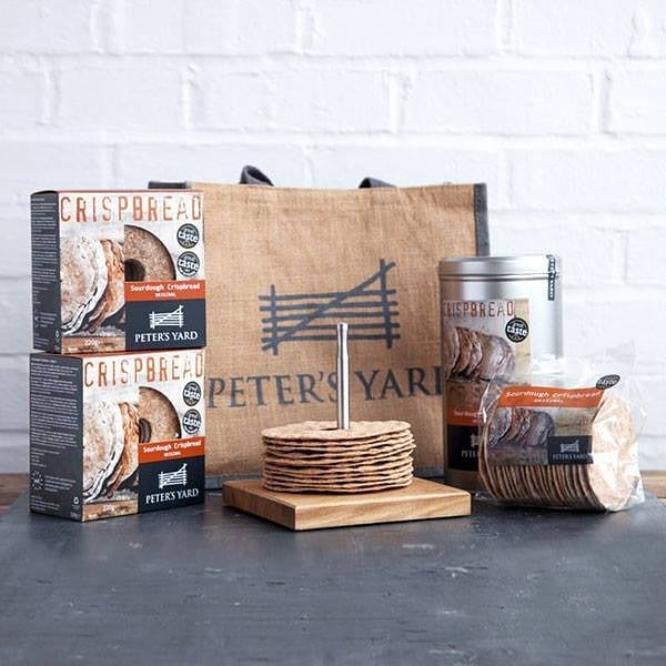 Open Day 6 of the Yours advent calendar for a chance to #WIN goodies for your Christmas cheeseboard - courtesy of @petersyard. Click the link in our bio to enter!