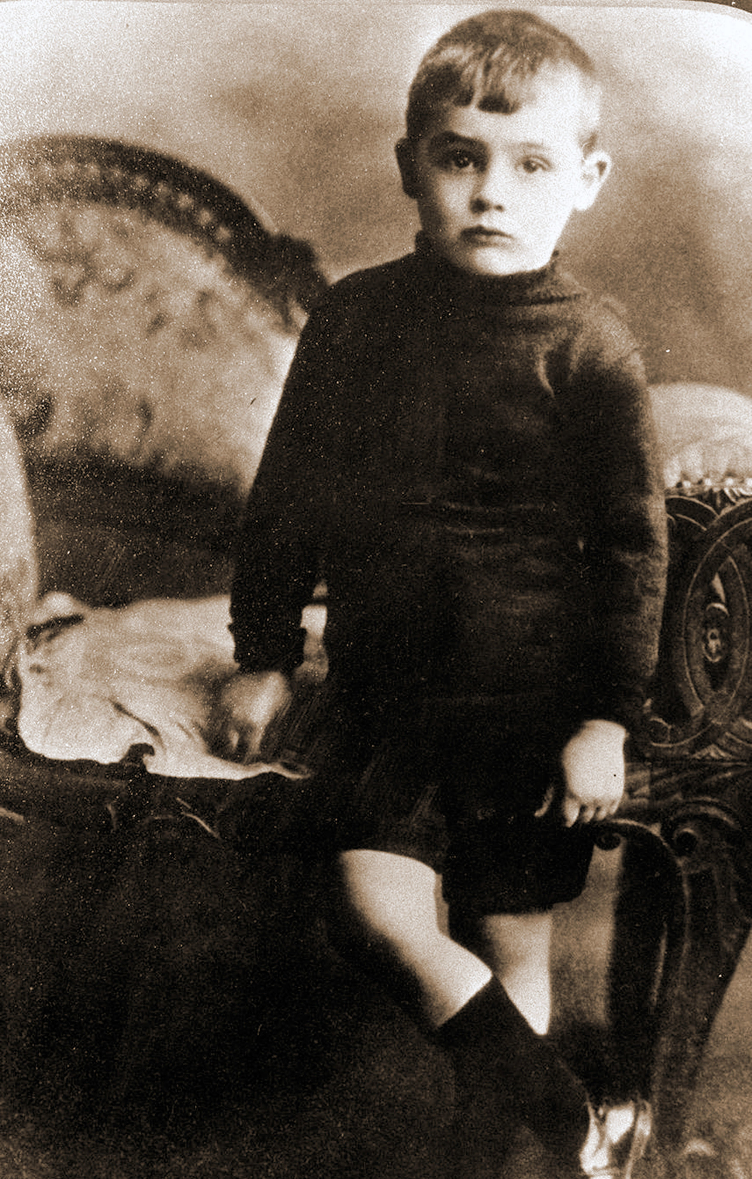Archie/Cary as a young boy