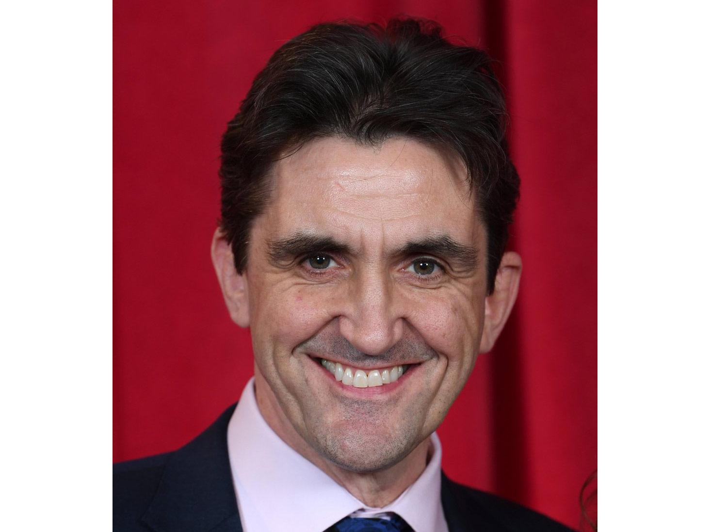 Stephen-McGann-Dr-Turner.jpg