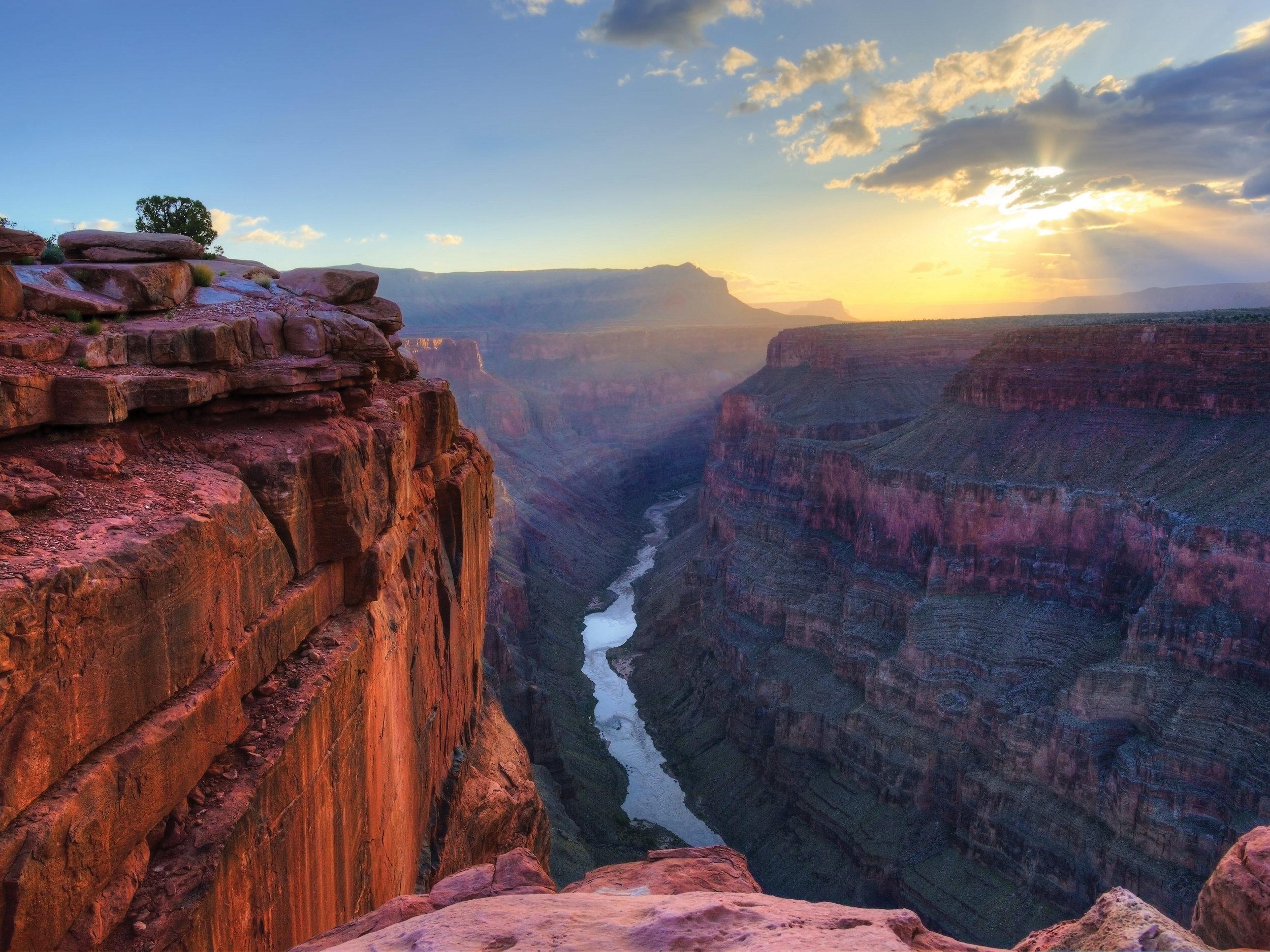 RF_USA_Grand-Canyon_shutterstock_103432943.jpg