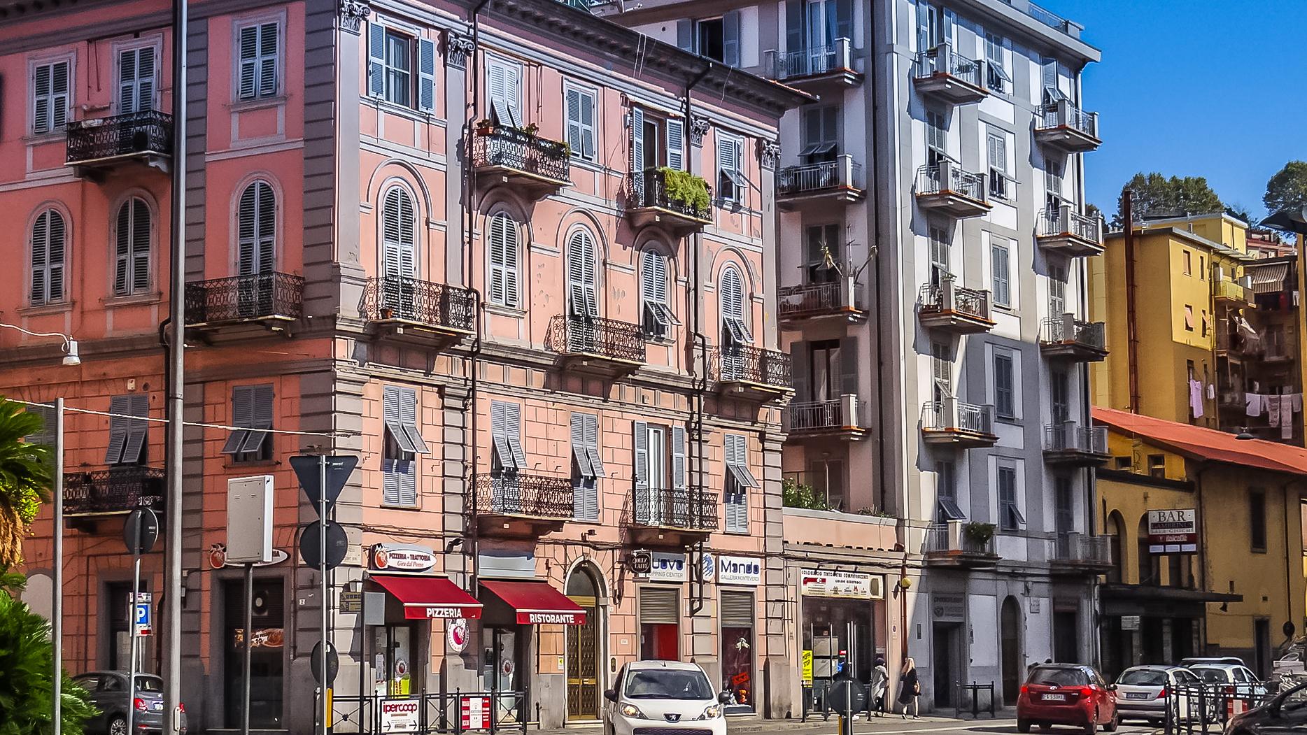 la-spezia-street.jpg