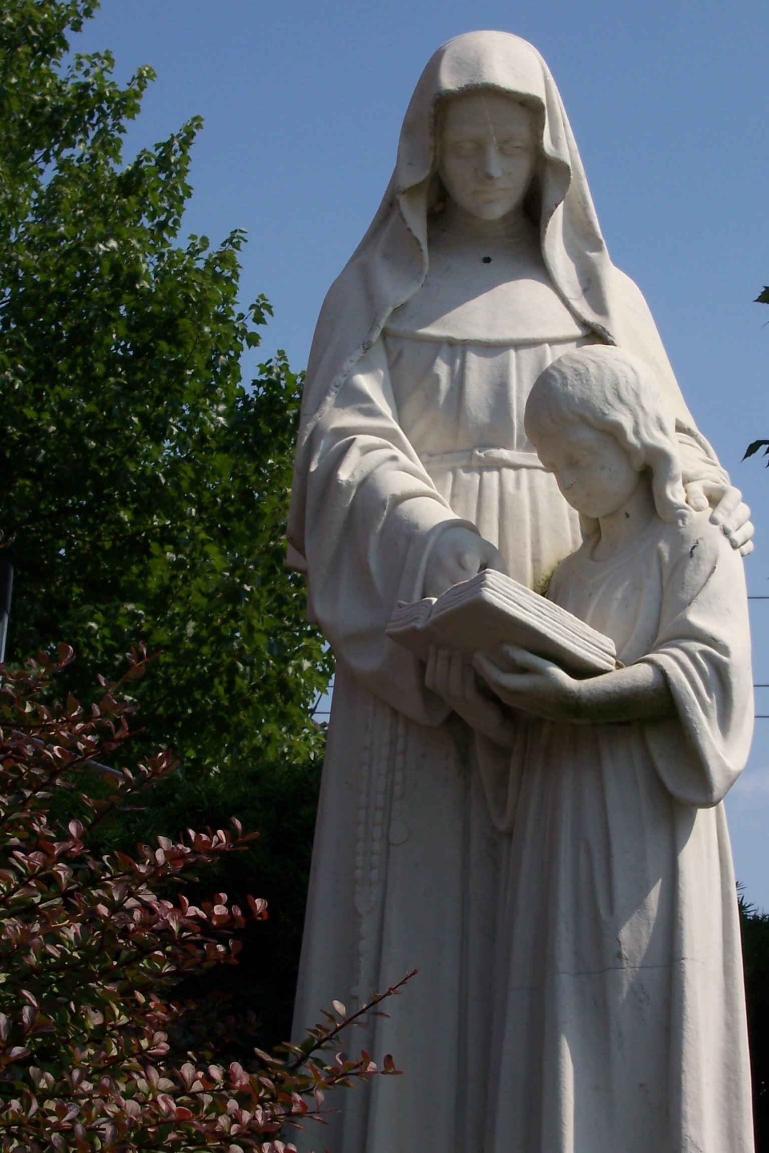 st-angela-statue.jpg