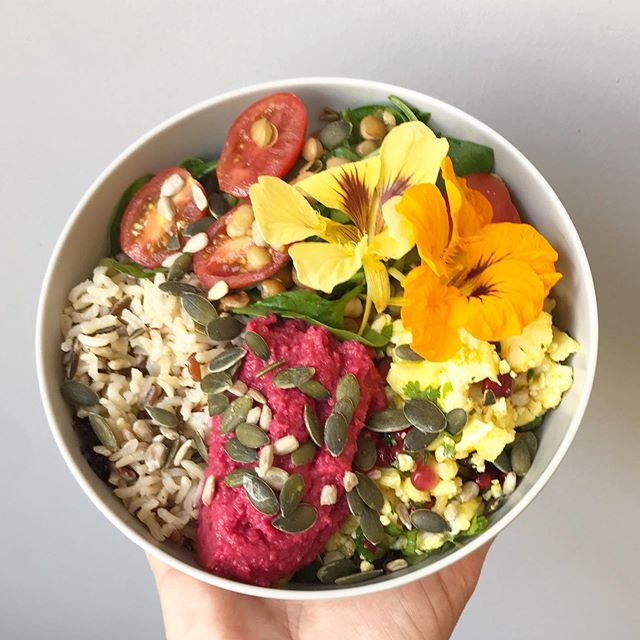Brighten up this wet Wednesday with a bowl full of sunshine! #bunandbean