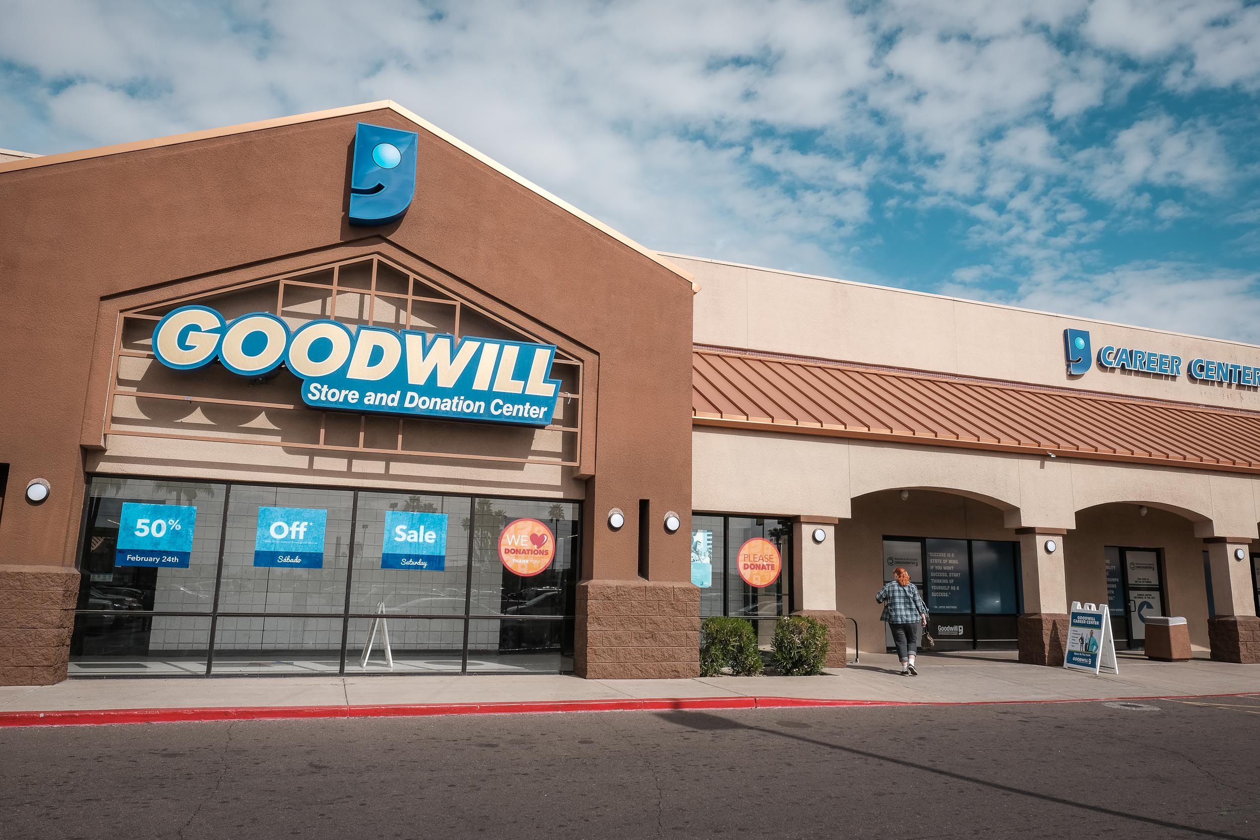 Jenny arrives at one of her favorite Goodwill stores in Phoenix.