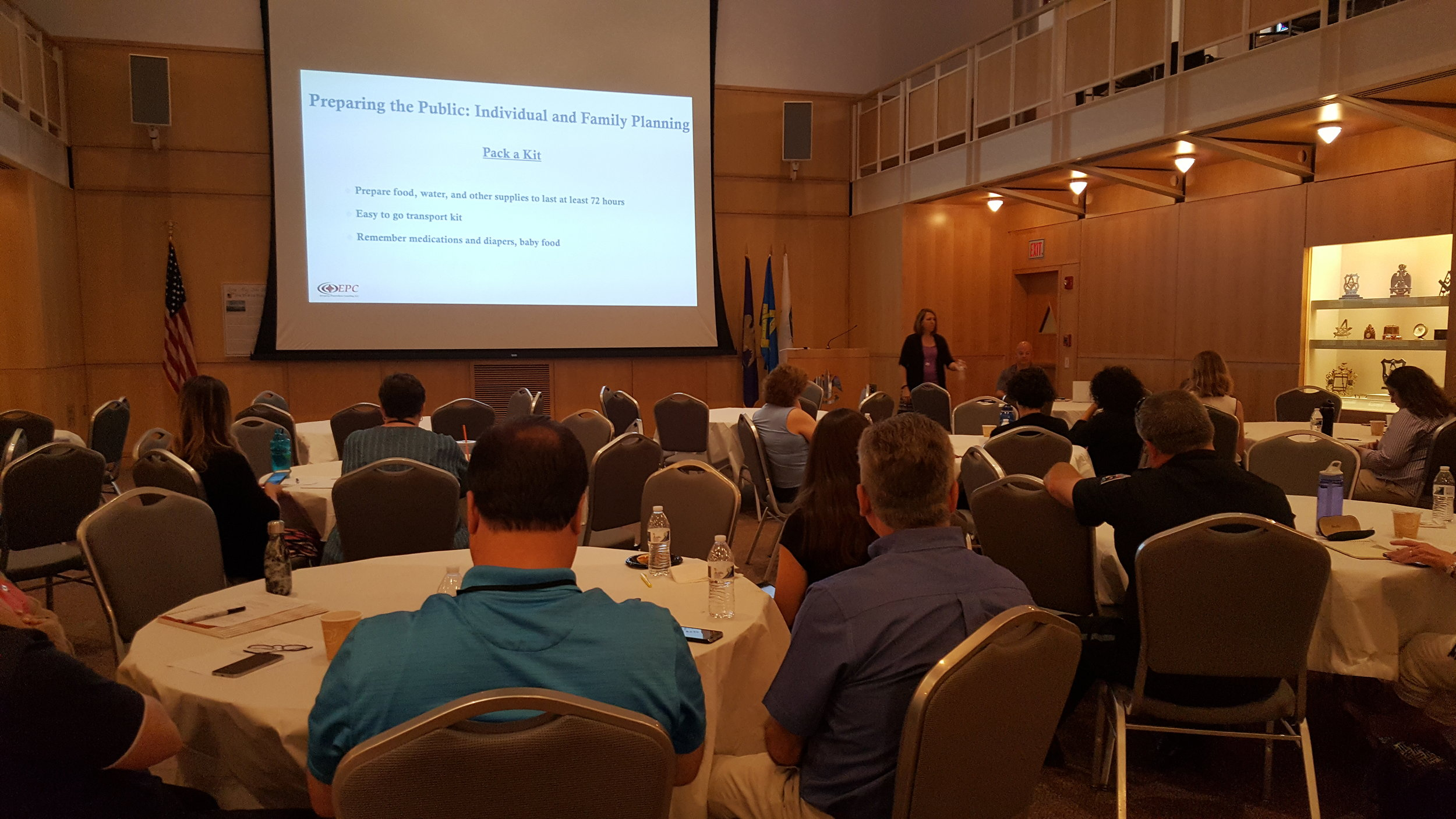 Public Health in the Incident Command System (ICS) Region 4AB Public Health Workshop