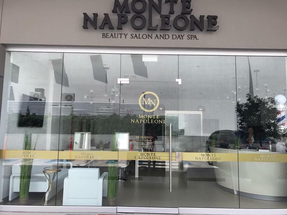 Monte Napoleone foto 01.jpg