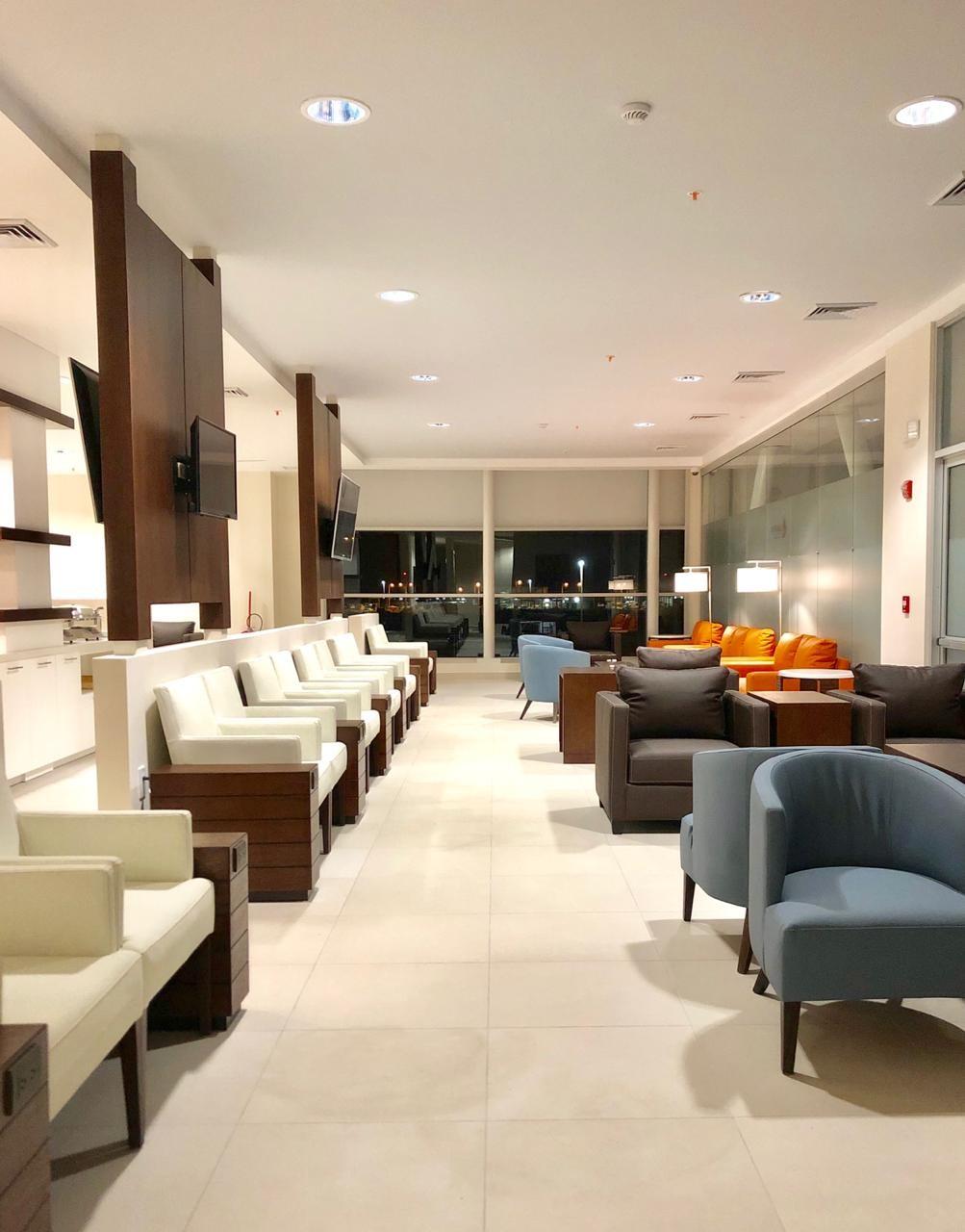 VIP Lounge 1.jpg