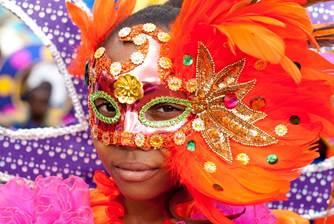 Disfraces coloridos en Trinidad y Tobago