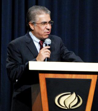 Apostol Pastor Manolo Urrutia