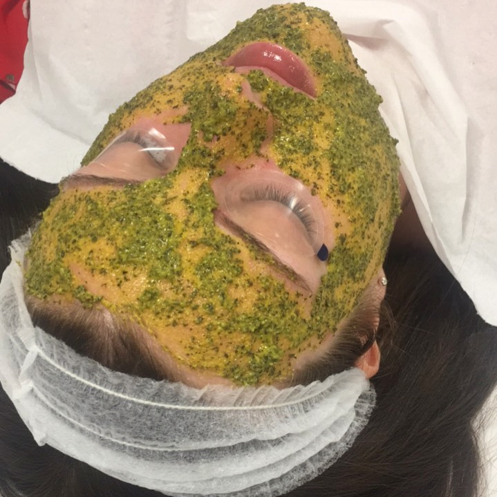Natural home-made face mask tailored to Rebecca's skin