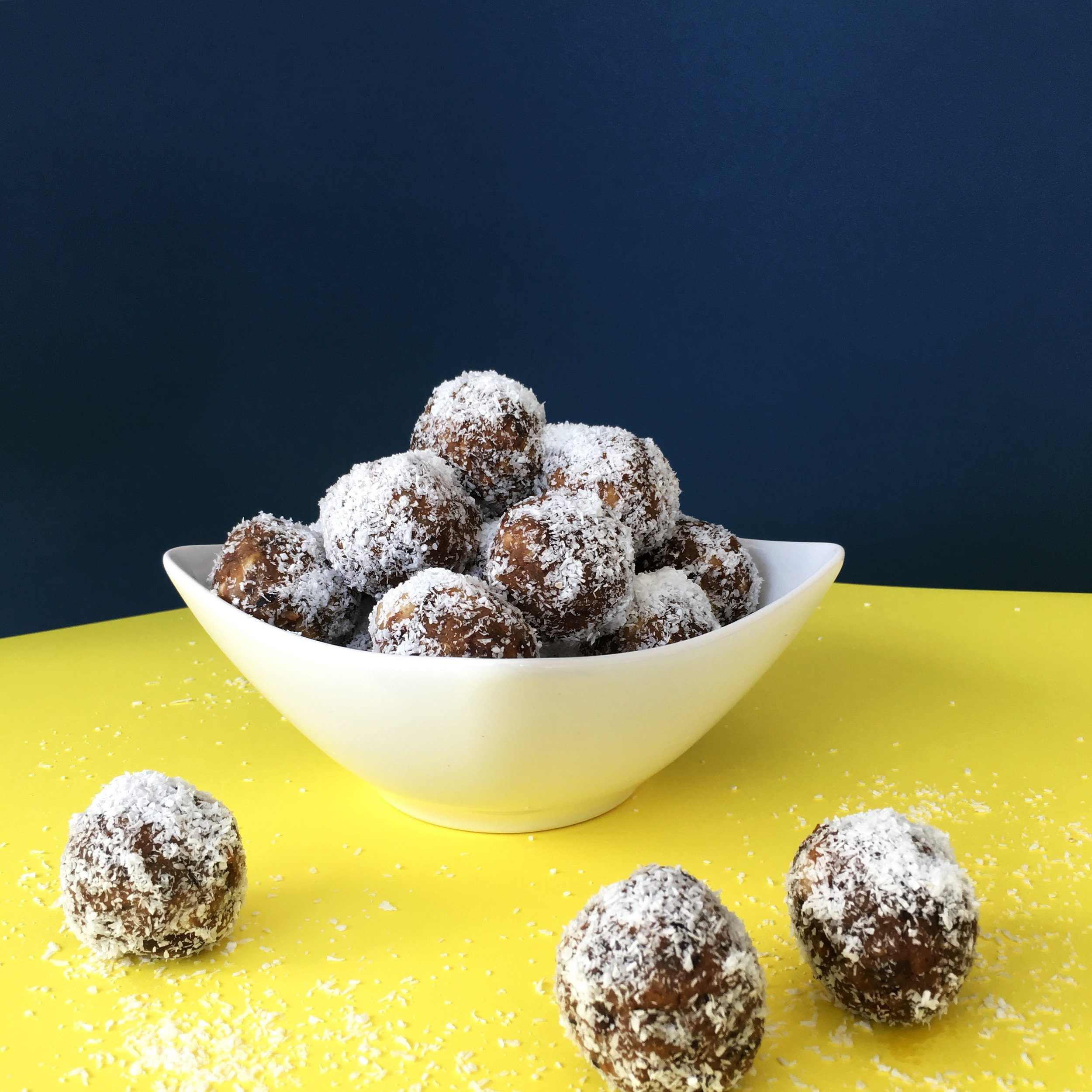 vegan coconut-date energy balls