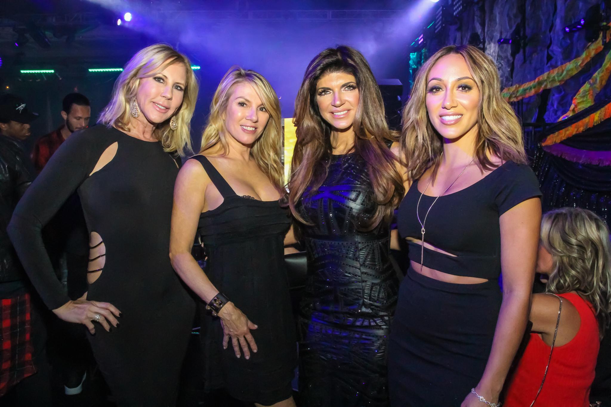 Vicky, Romona, Theresa, Melissa -- MS 20th Saturday Night Ballroom.jpg