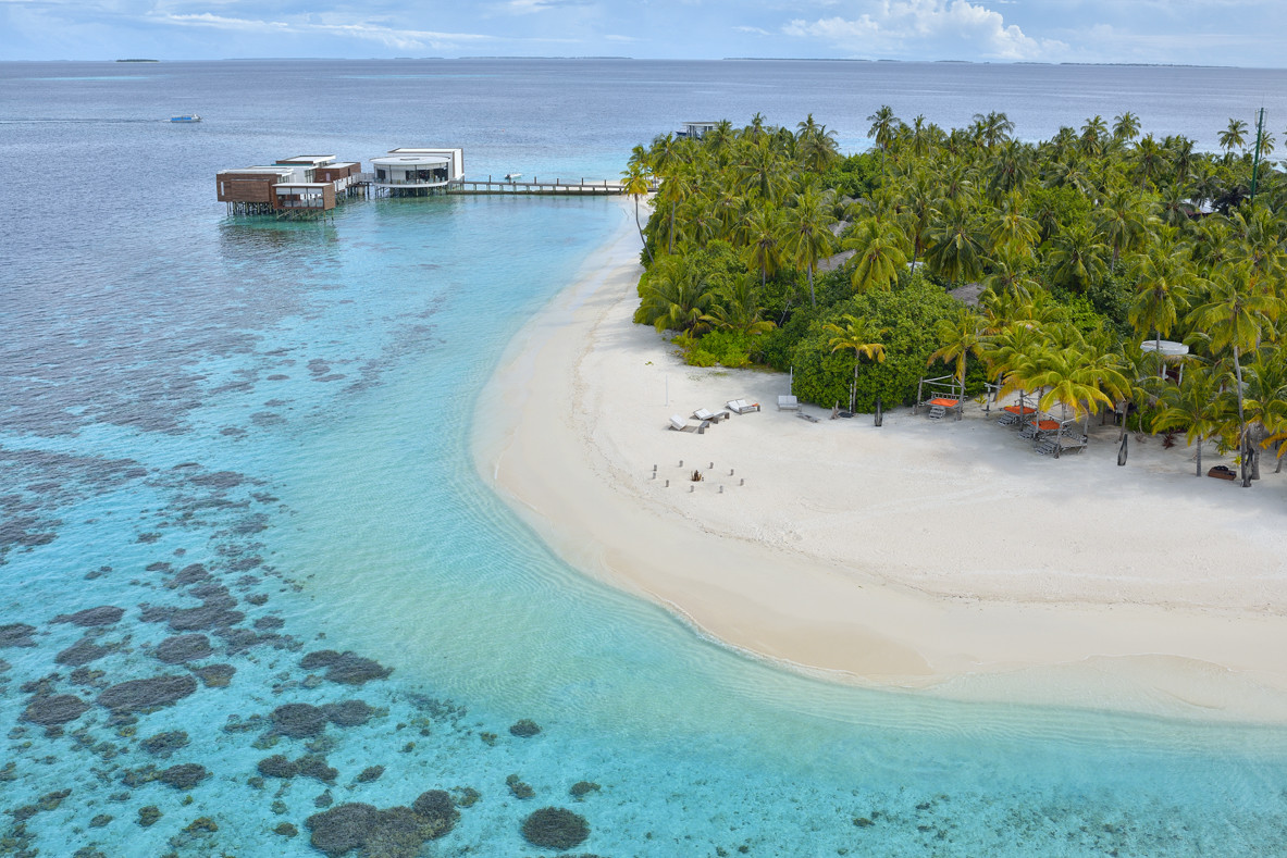 Jumeirah Dhevanafushi - Aerial View of the resort2.jpg