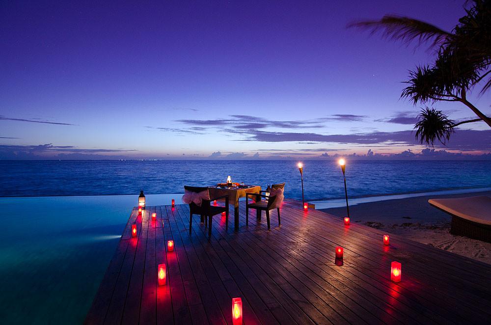 Jumeirah Dhevanafushi - Private Dining.jpg