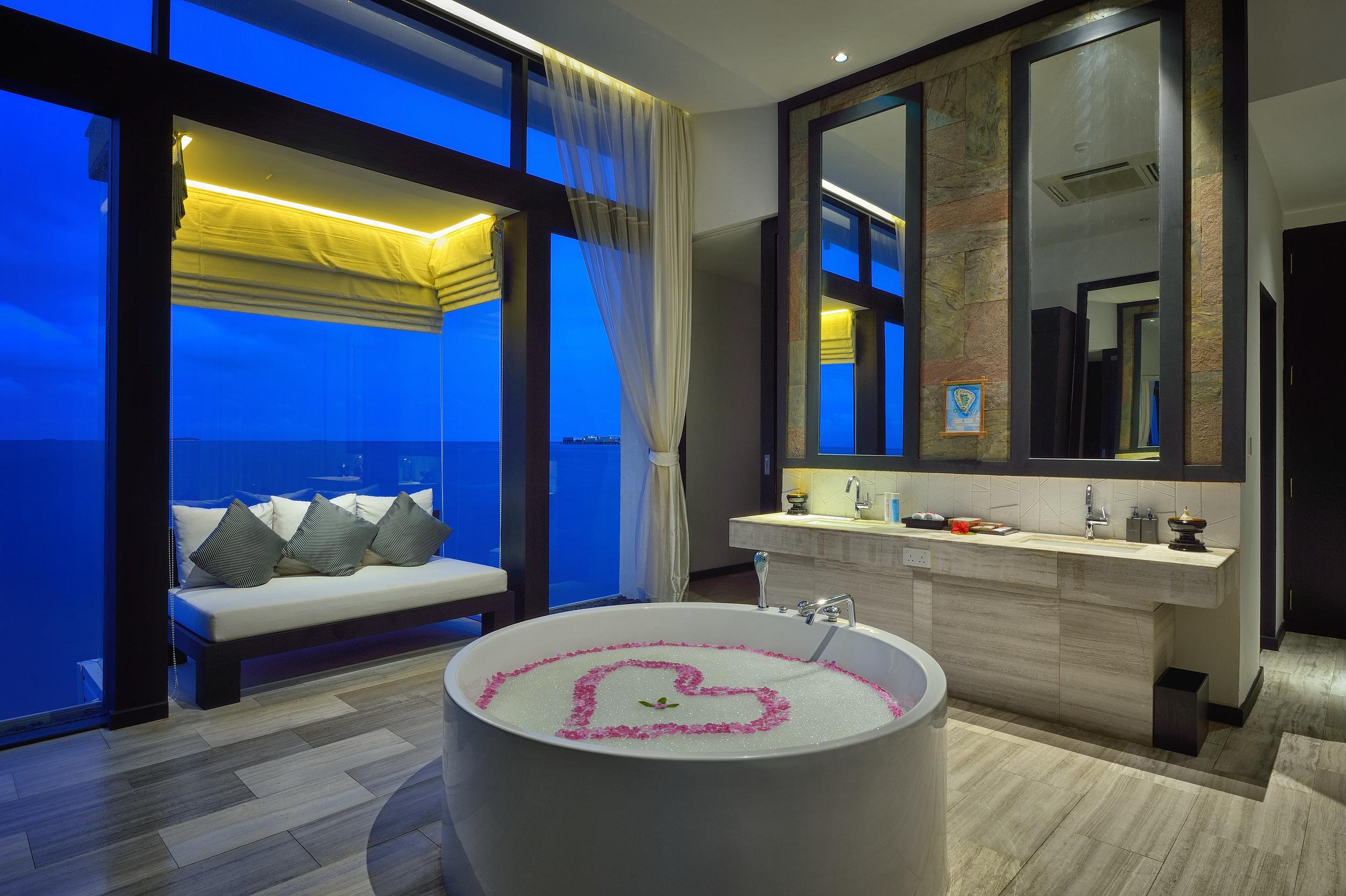 Jumeirah Dhevanafushi - Talise Spa1.jpg