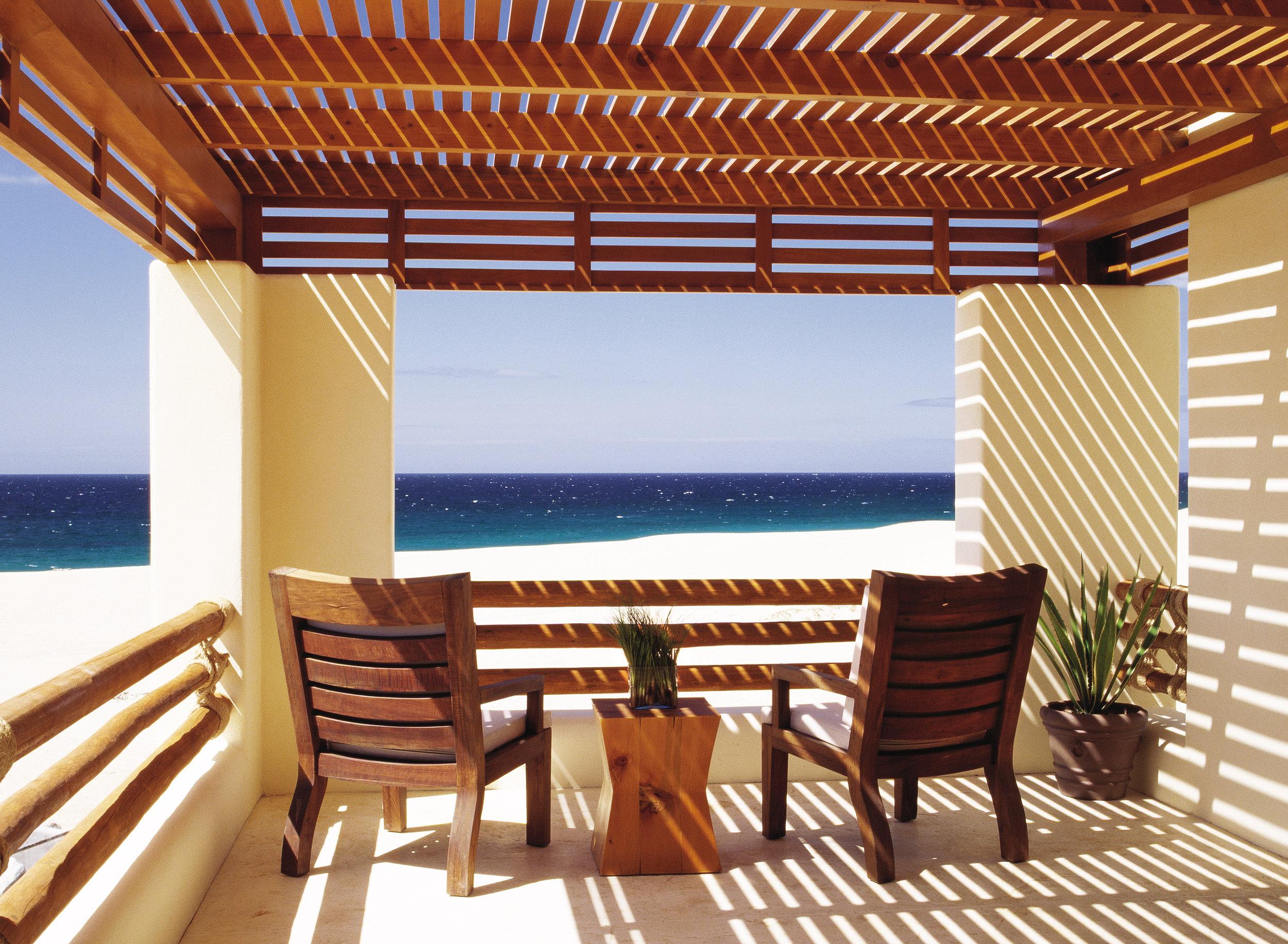 (2) Oceanfront Suite Baclony.jpg