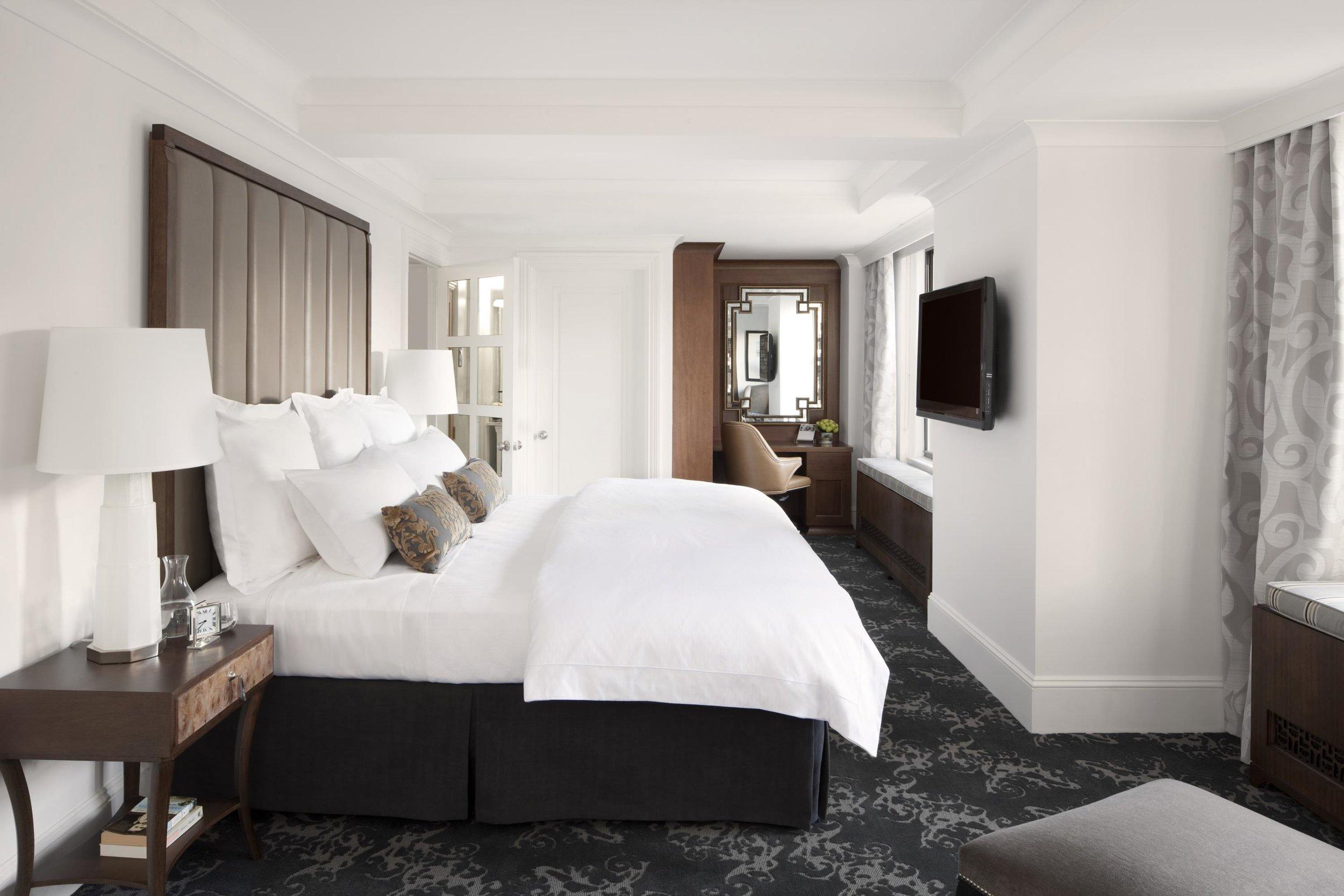 2b_The_Surrey_Presidential_Suite_Bedroom_38611_high.jpeg
