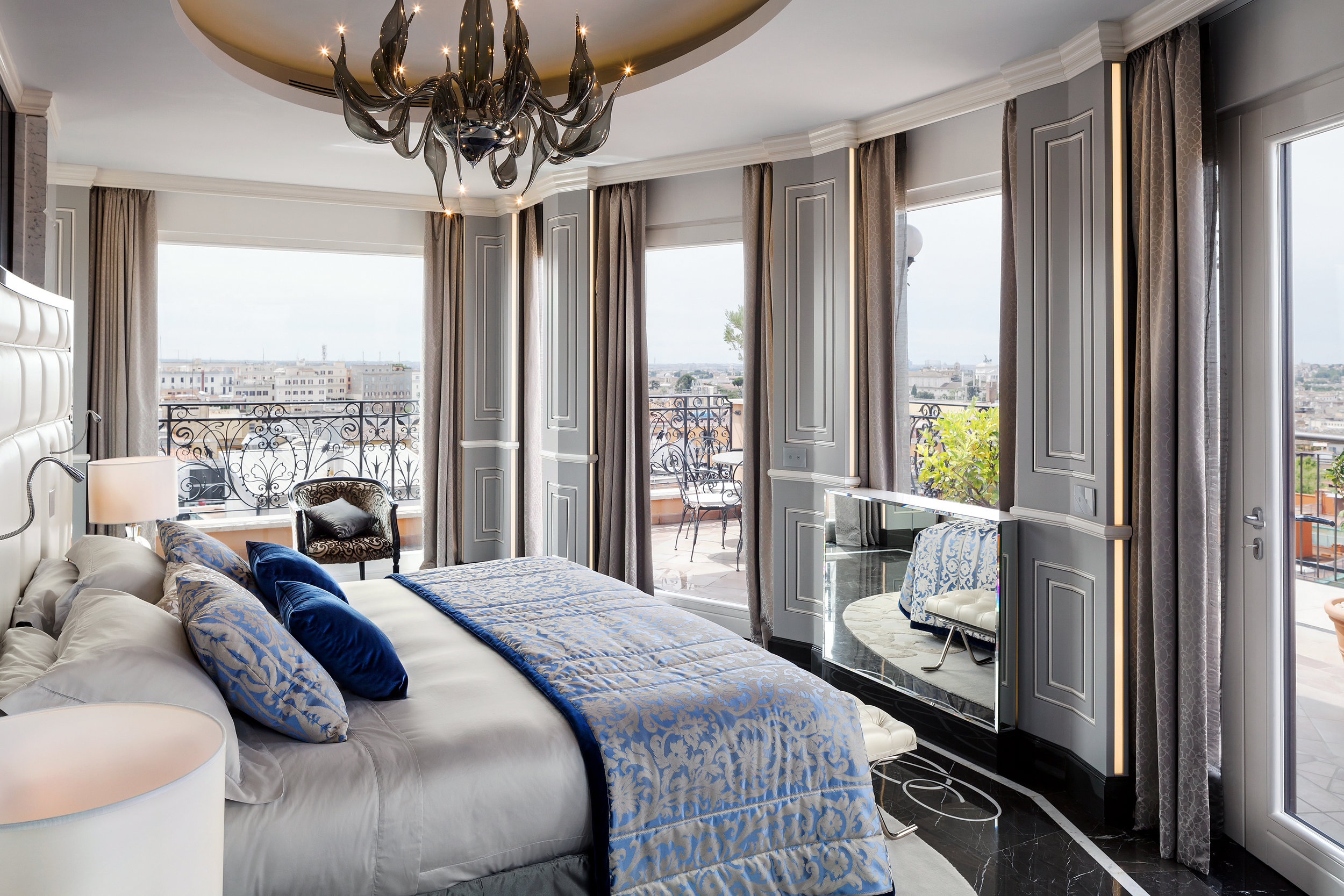14_Roman_Penthouse_master_bedroom.jpg