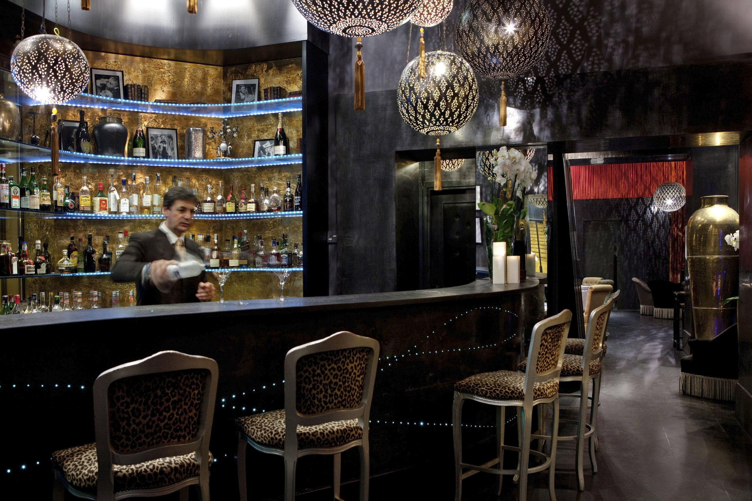 16_Regina_Hotel_Baglioni_Brunello_Lounge.jpg