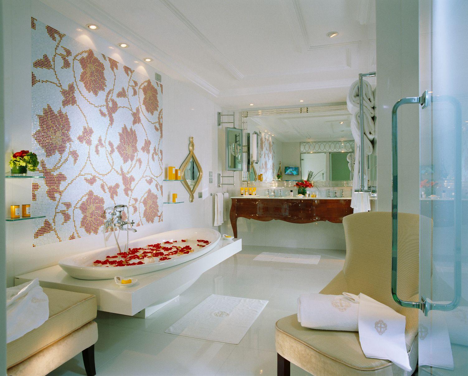 PDS_Imperial Suite - Bathroom.jpg