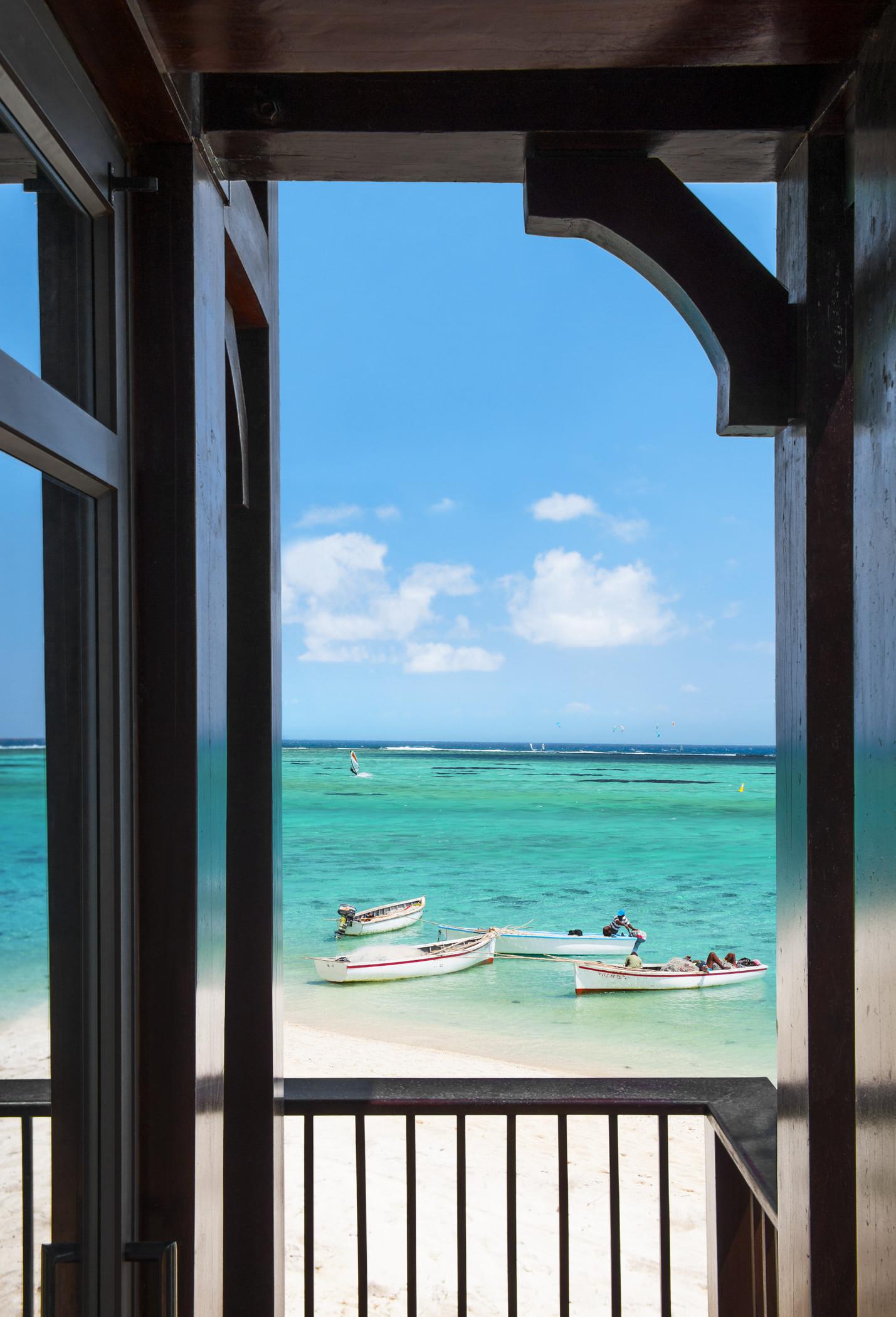 str3459gr-144523-The St Regis Villa Terrace with view on the Lagoon.jpg