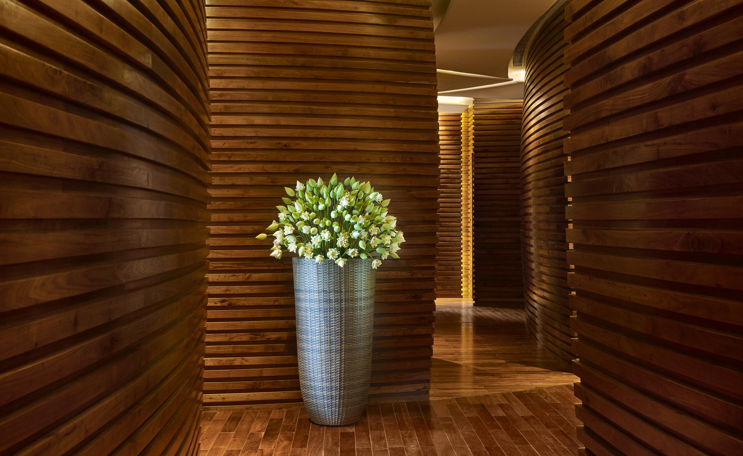 The Reverie Saigon - The Spa - Corridor.jpg