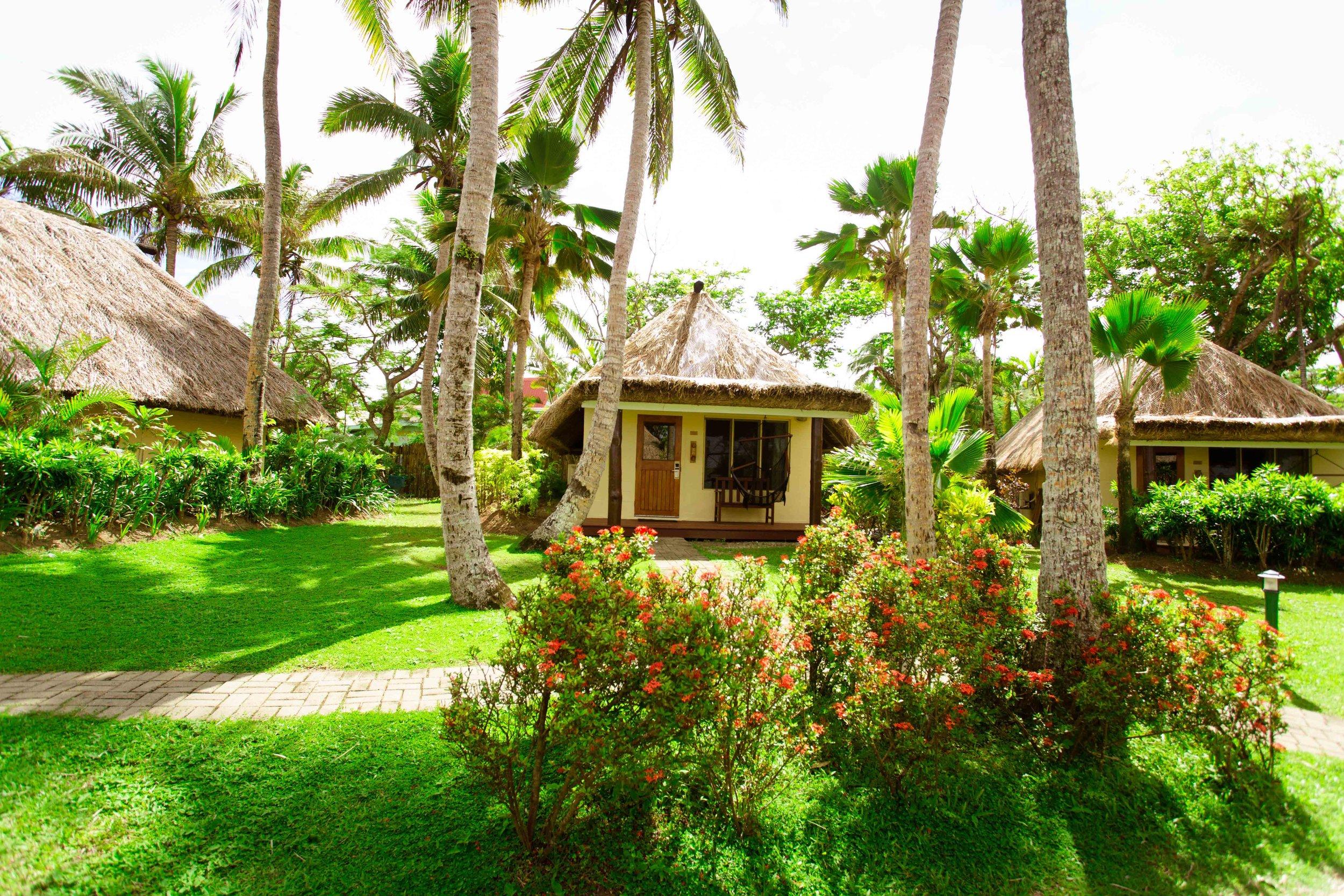 Hi_FOR_74365304_outrigger-fiji-beach-resort-ocean-breeze-bure3.jpg