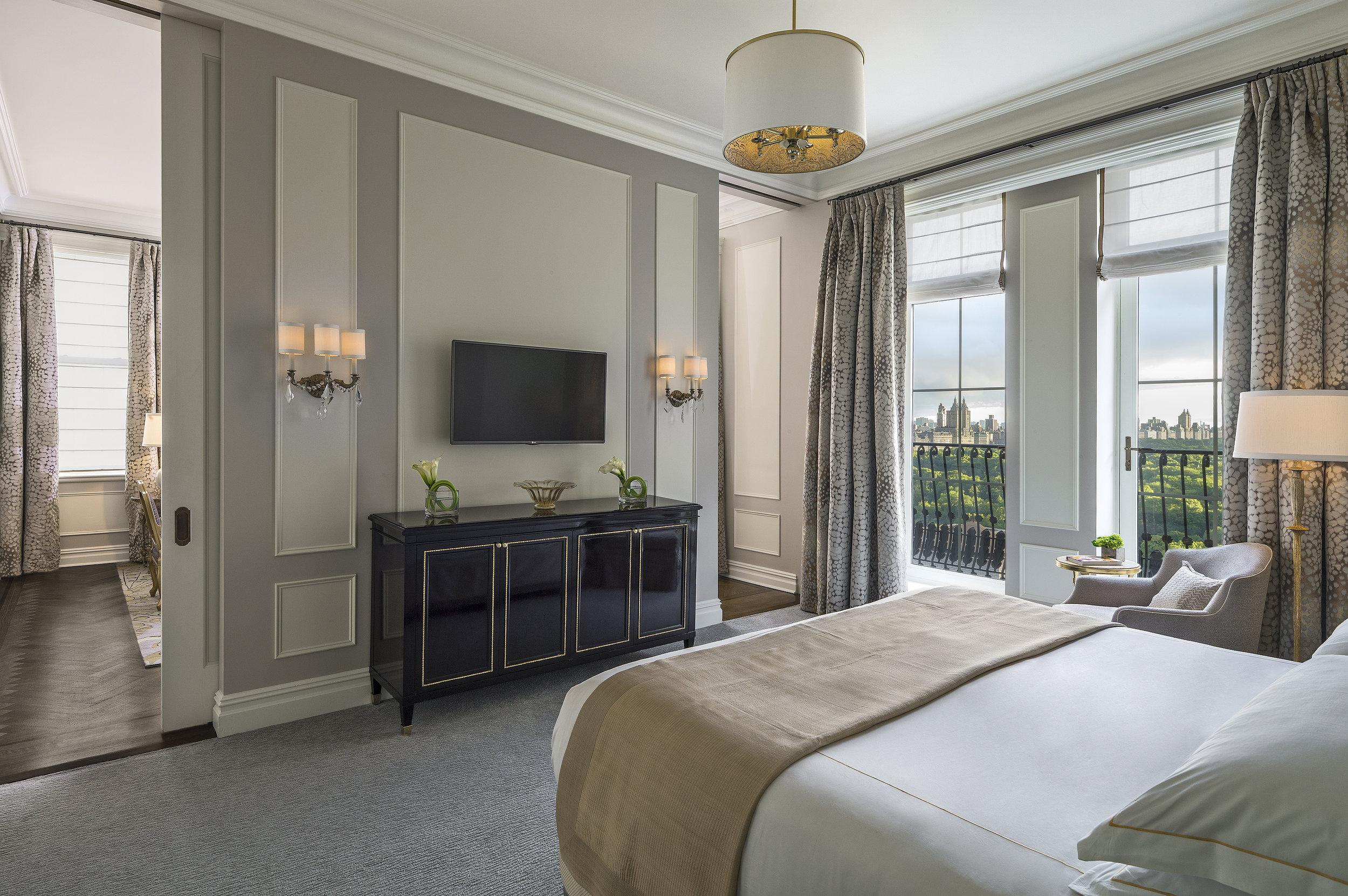 The Carnegie Suite bedroom.jpg