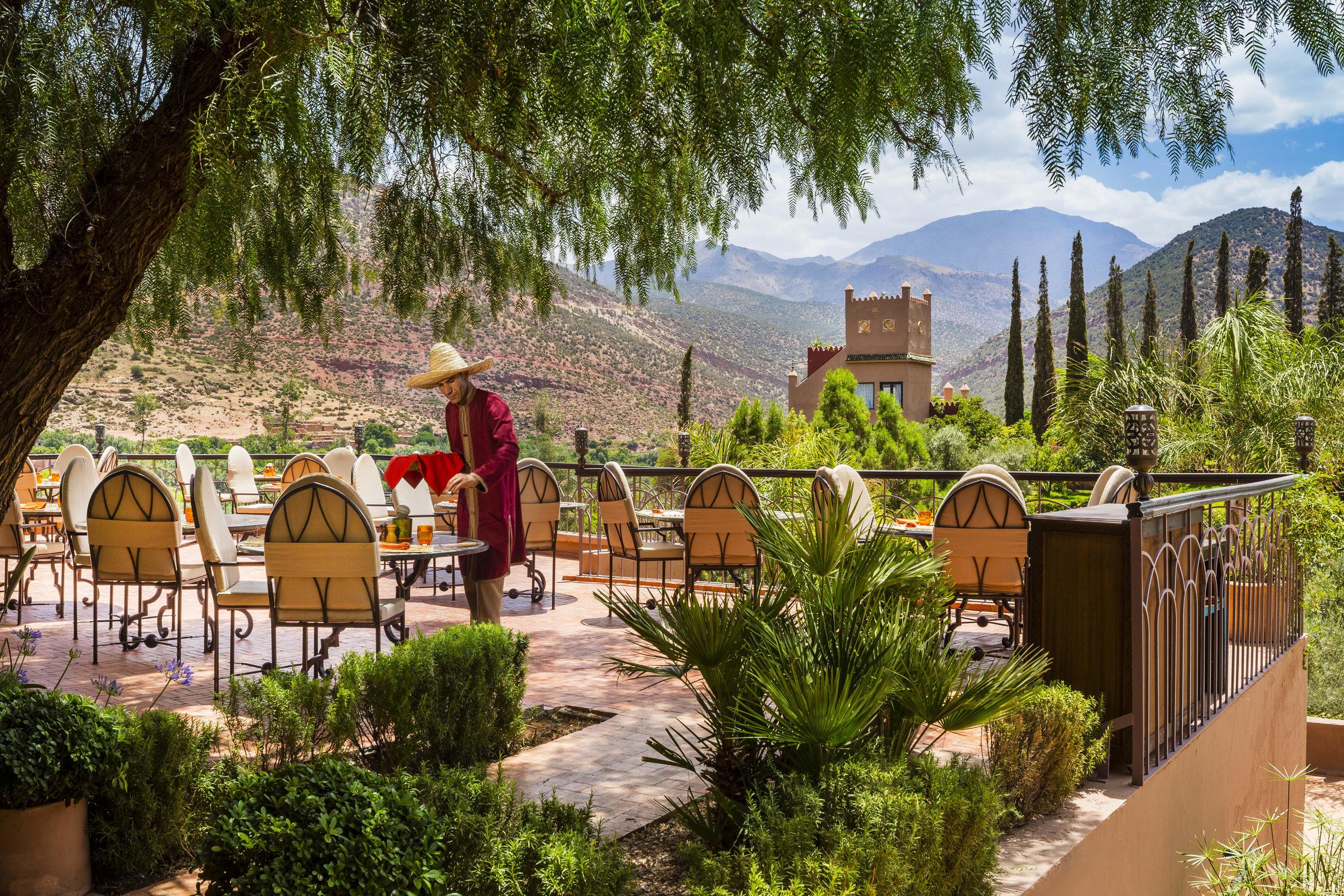 rsz_kasbah_tamadot_outdoor_dining_5.jpg