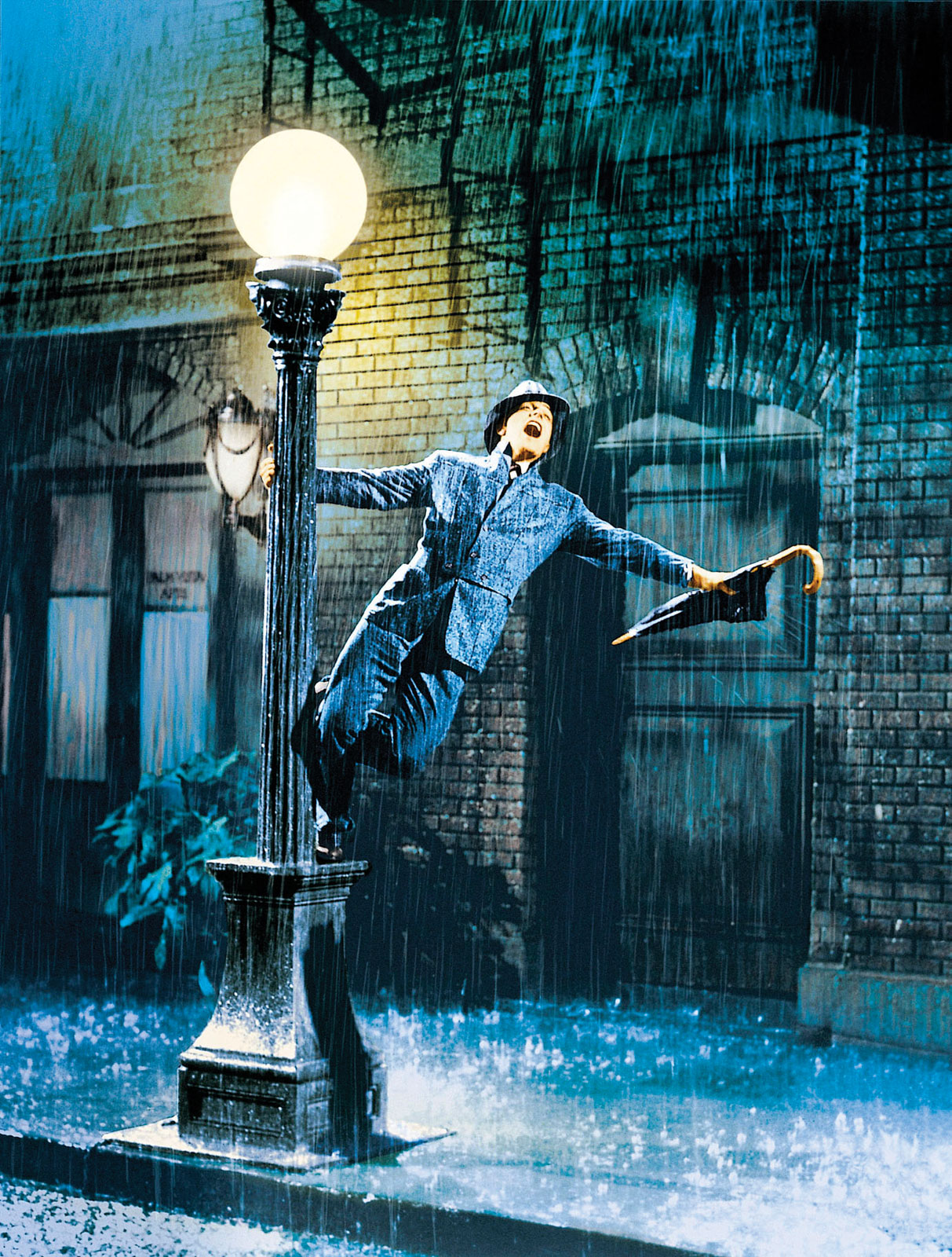 Kelly singing in the rain.
