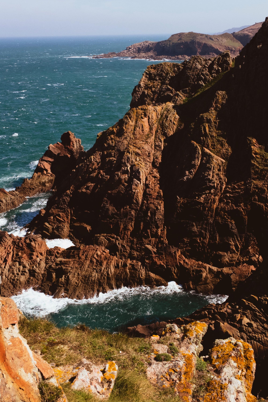 Red rock cliffs.