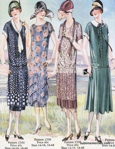 1920s day wear: Drop waists, cloche hats, pleats, and prints