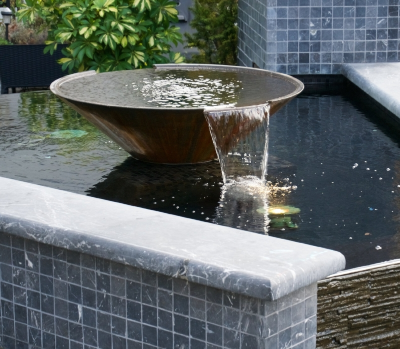 WATERBOWL AND FOUNTAIN