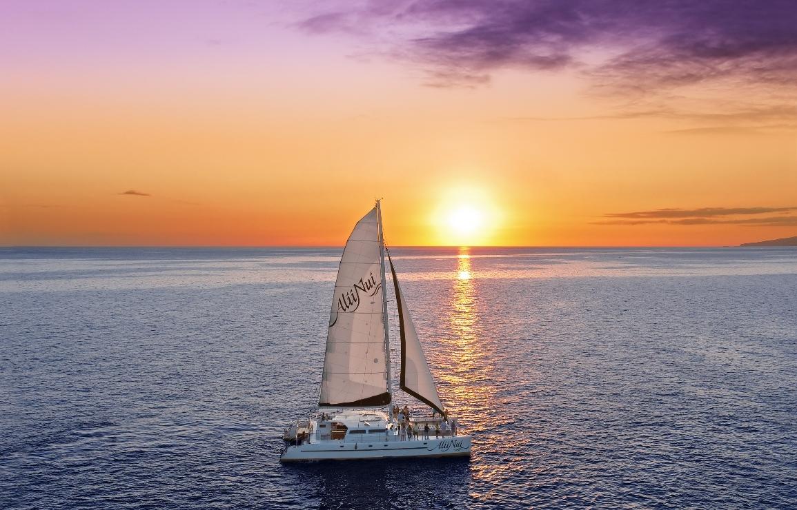 Alii_Nui_Luxury_Sail.jpg