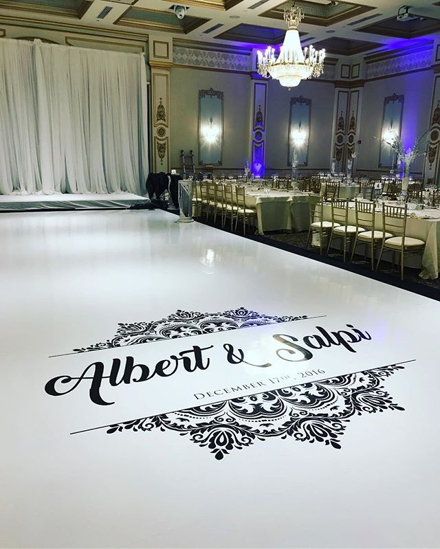 Another custom monogram created for a beautiful couple this past weekend! Email info@marqueedesign.ca